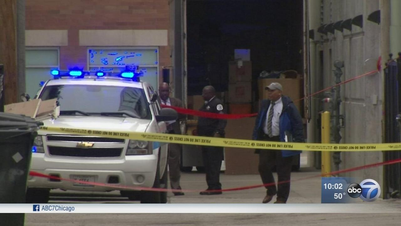 Man kills self after looking for ex at Near West Side dental office