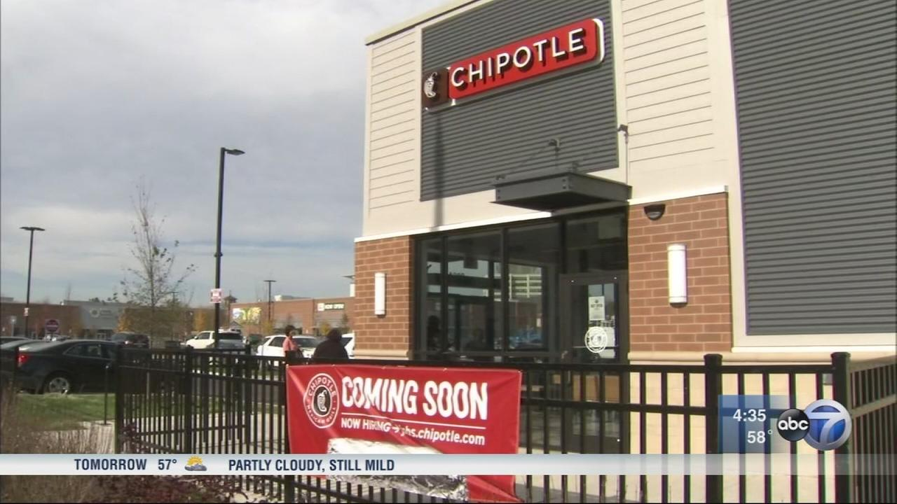 New Chipotle is latest addition to Englewood Square