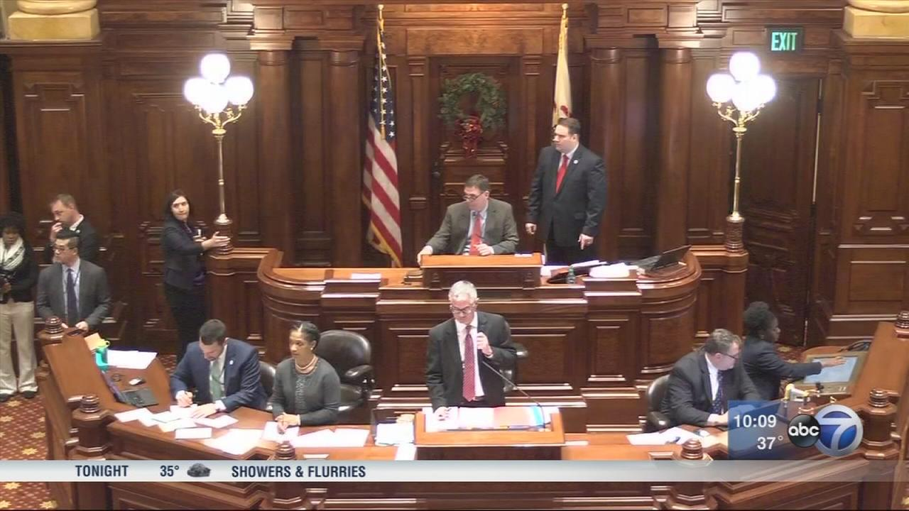 Senate overrides Rauner CPS pension funding veto, House adjourns