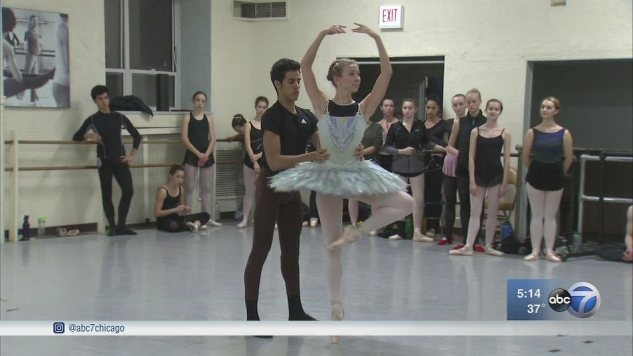Cuban dancers join Ruth Page Center?s annual ?Nutcracker? performance