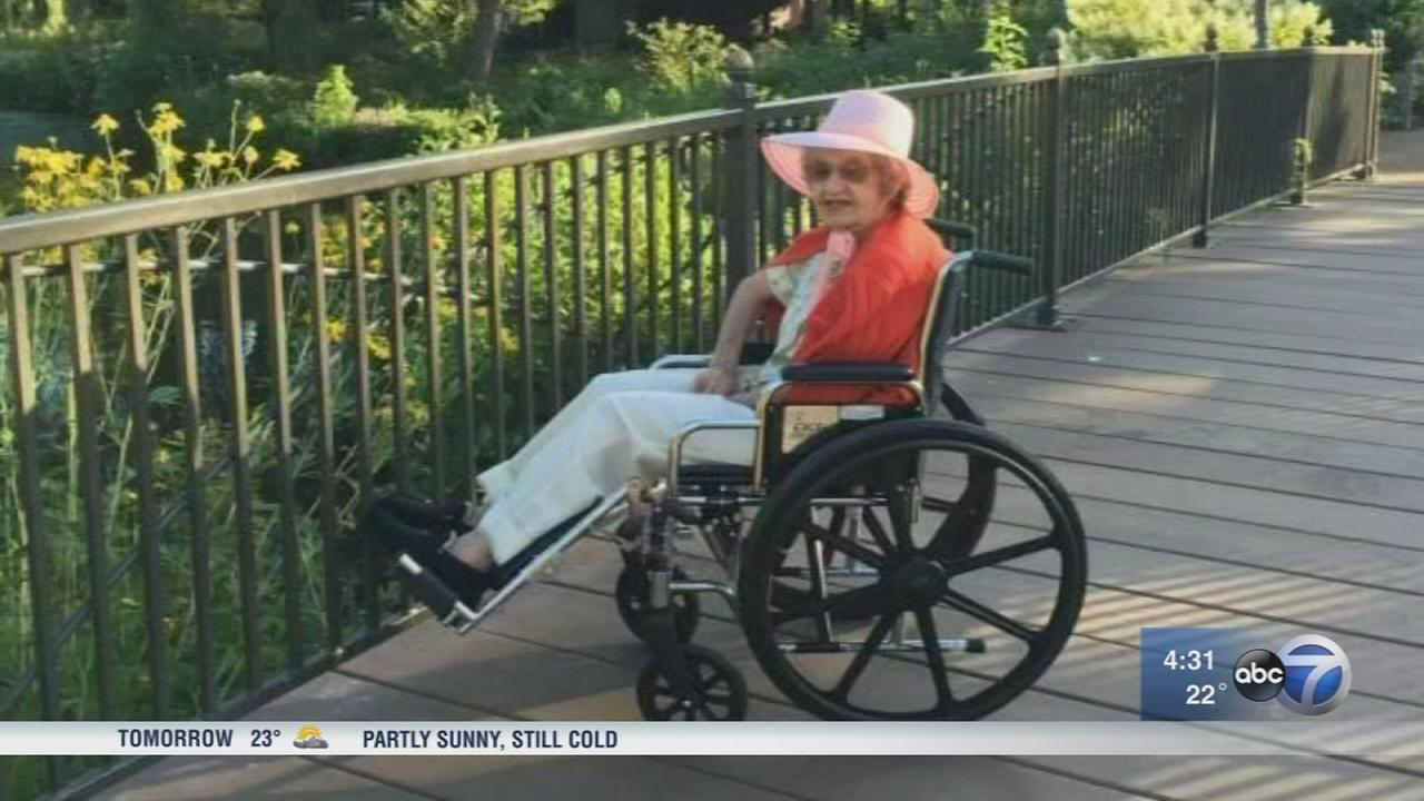 Police searching for suspect who beat, robbed WWII vet