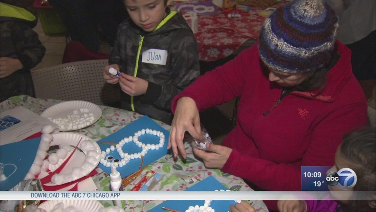 Group brings holiday spirits, gifts to families of Chicago gun violence victims