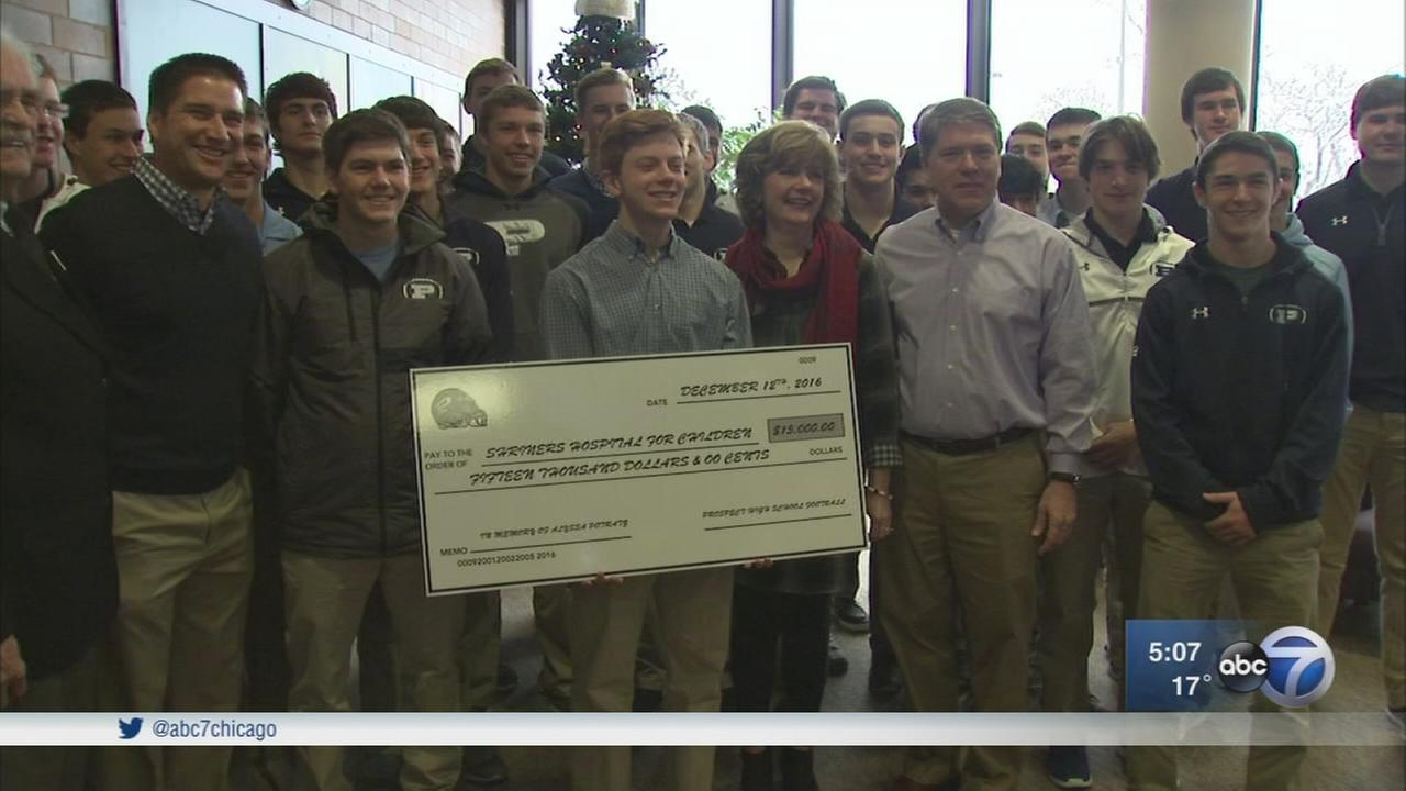 High school team donates to hospital in memory of teammate?s twin