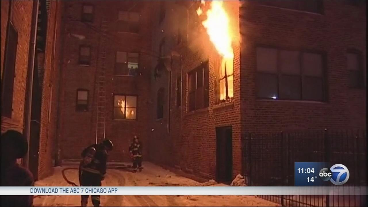 2 rescue family from Kenwood fire