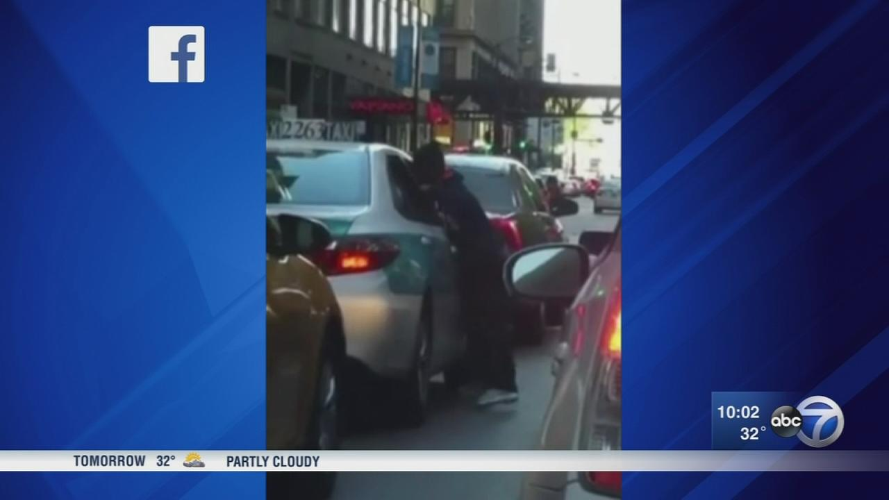 Teams of thieves target downtown drivers in cell phone thefts