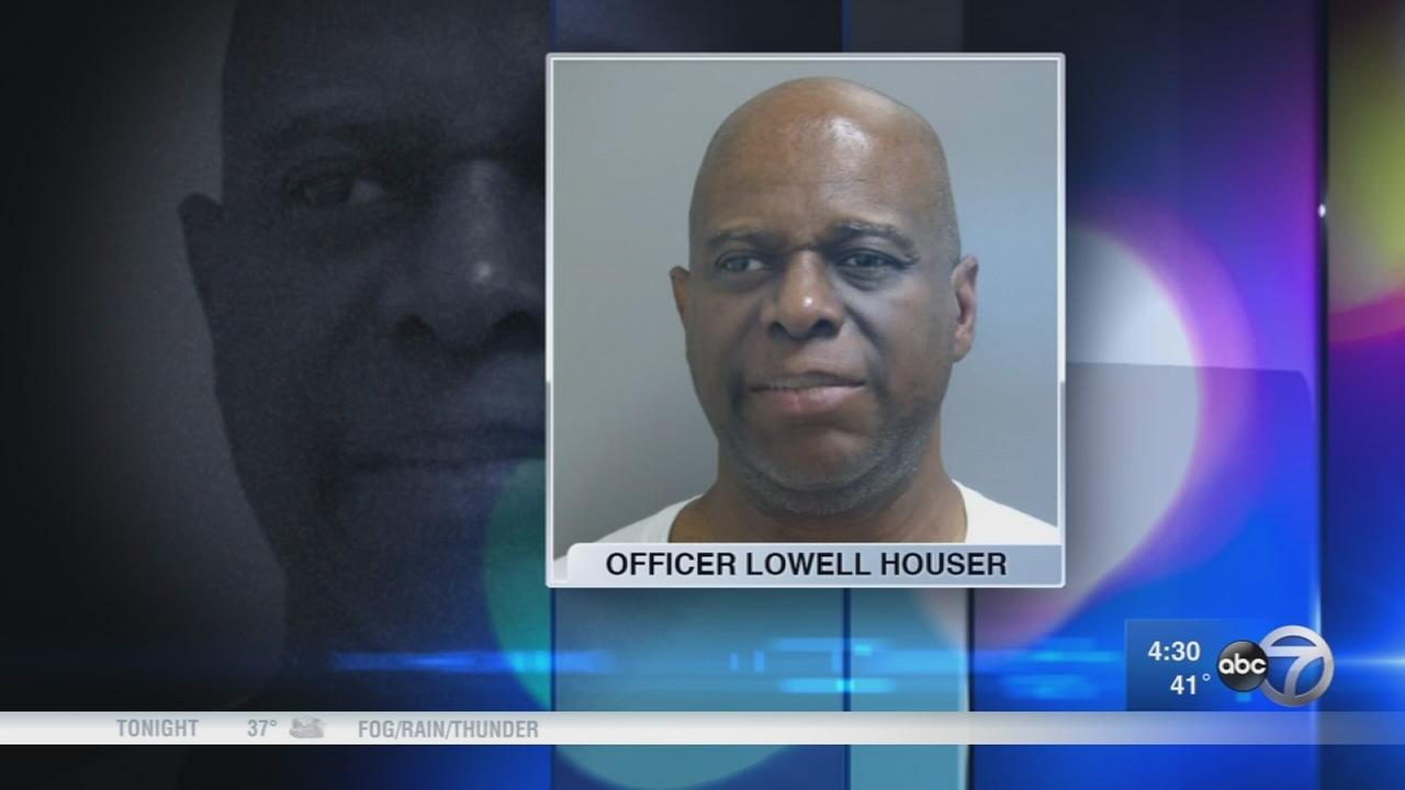 Chicago police officer charged with murder to be released on home monitoring