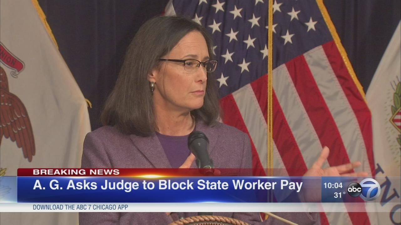 AG Lisa Madigan files suit to stop paying state employees without budget