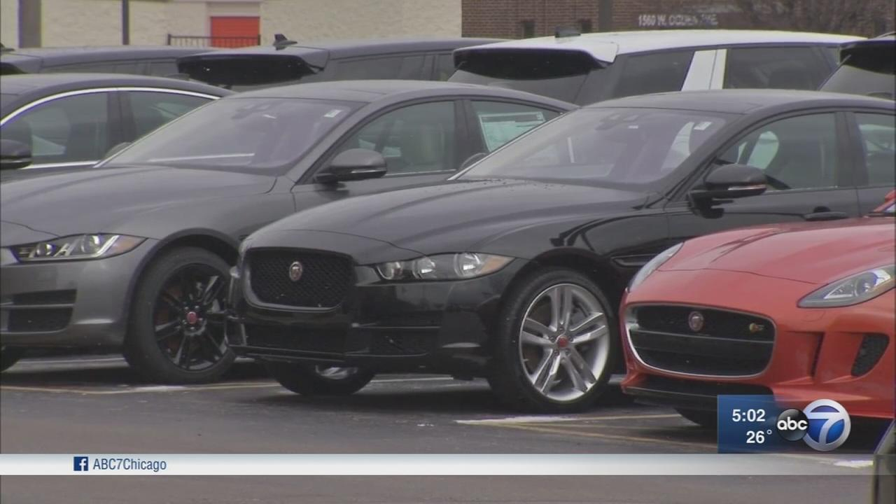 Police investigating Naperville car thefts
