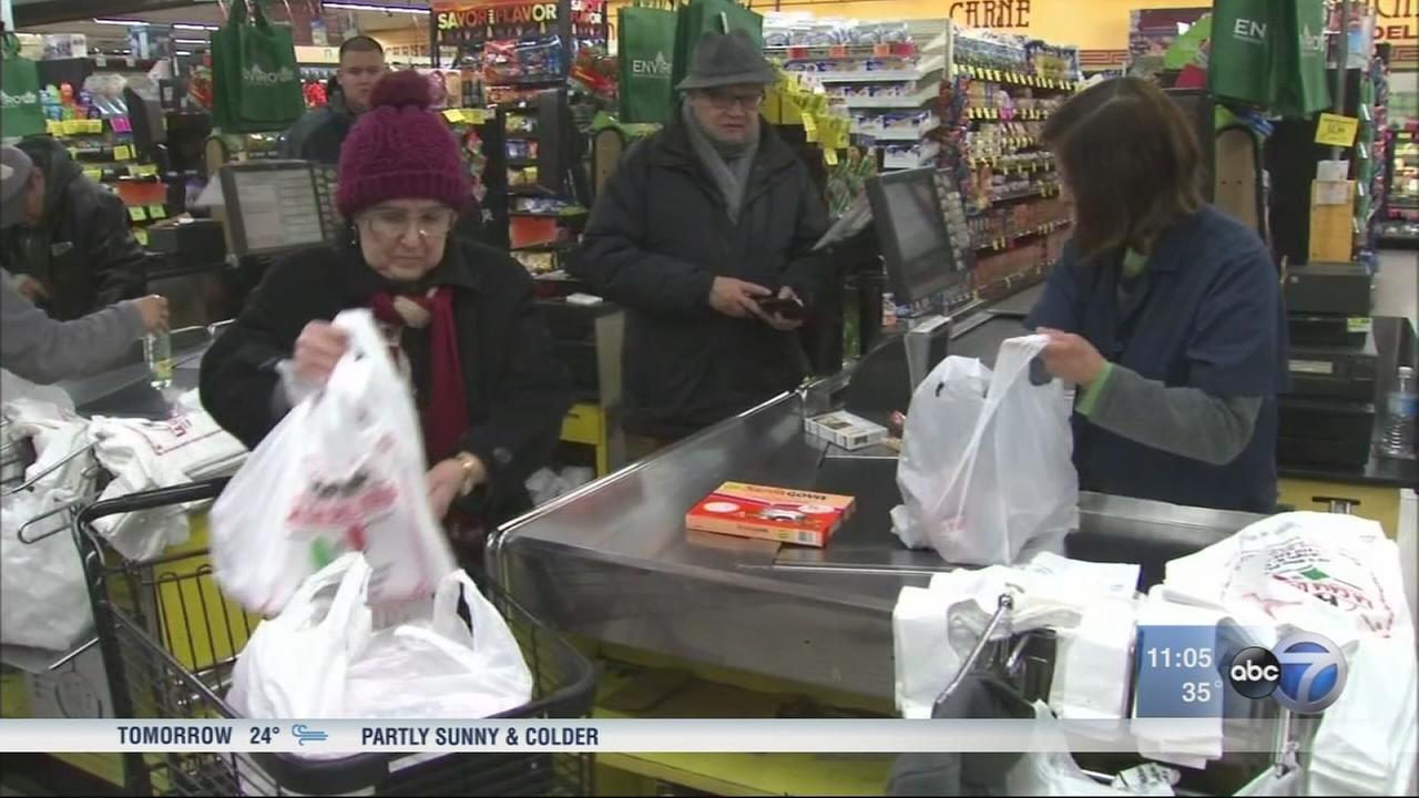 Chicago disposable bag tax begins Wednesday