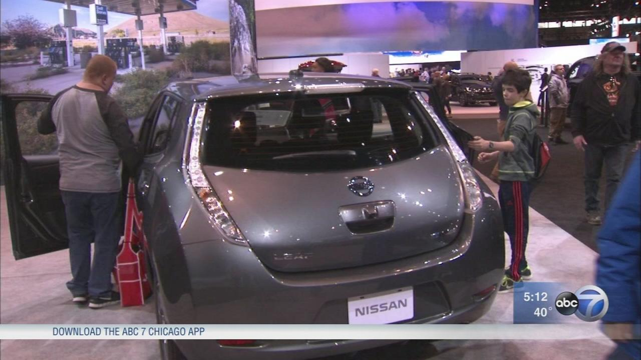 Electric, hybrid vehicles at Chicago Auto Show