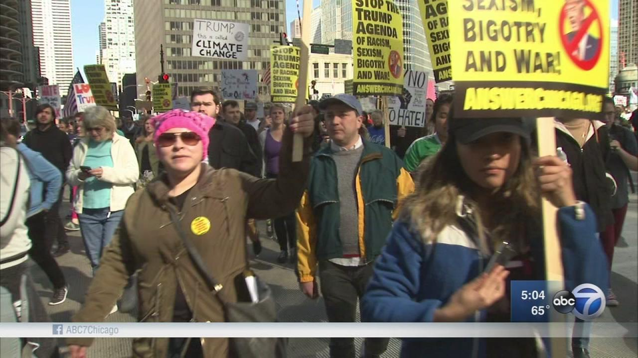 Anti-Trump protests hit Chicago streets