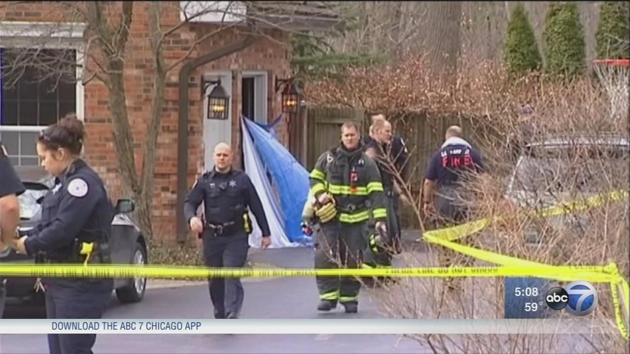 Garage fire in Lake Forest leaves 1 dead, police say