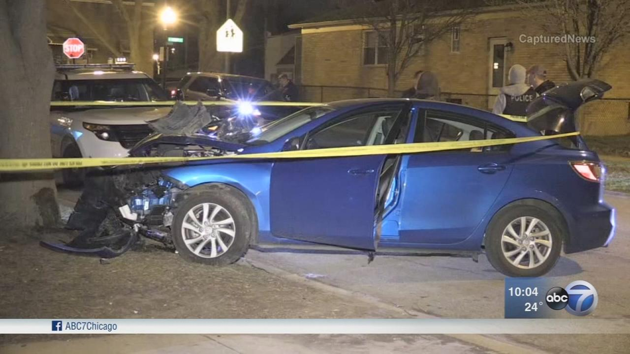 Carjacker forced woman into trunk in Wrigleyville before 23-mile drive, crash, police say
