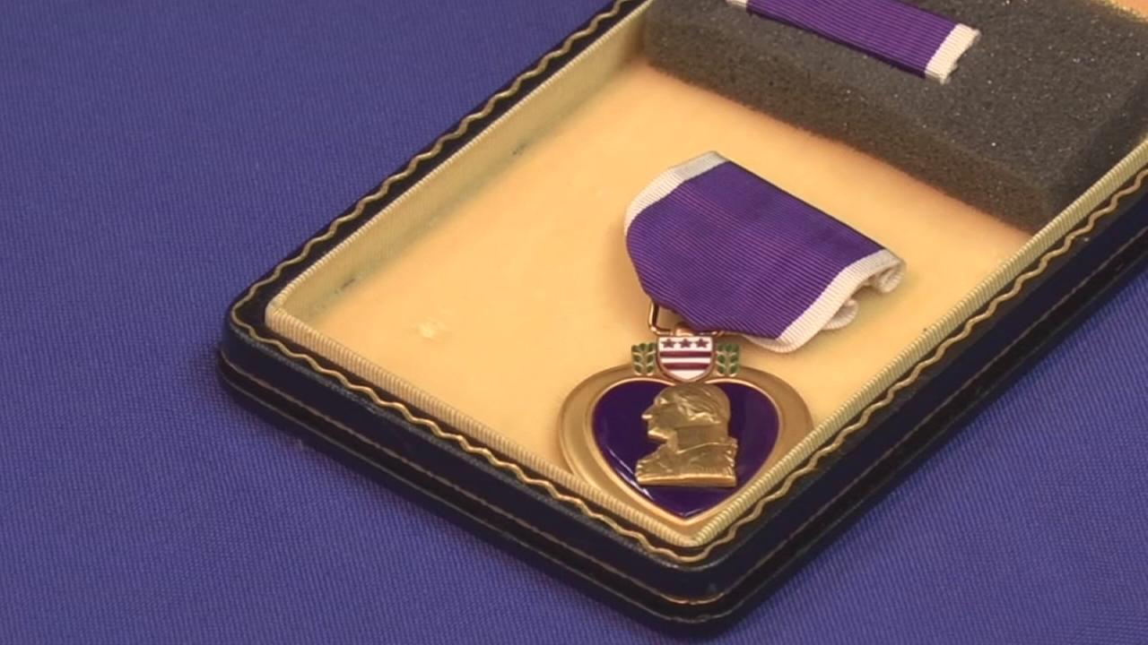 Vietnam vet reunited with lost Purple Heart Medal