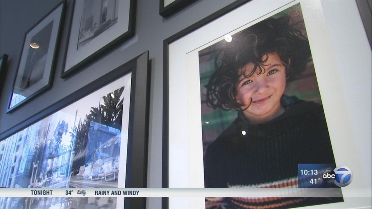 Syrian refugee photo causes bank issues for Chicago photographer