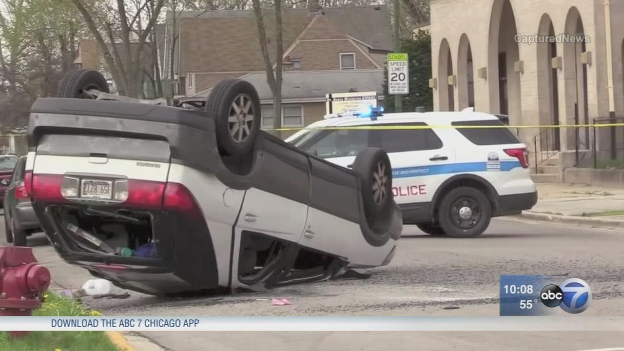 Woman injured in West Pullman hit-and-run crash