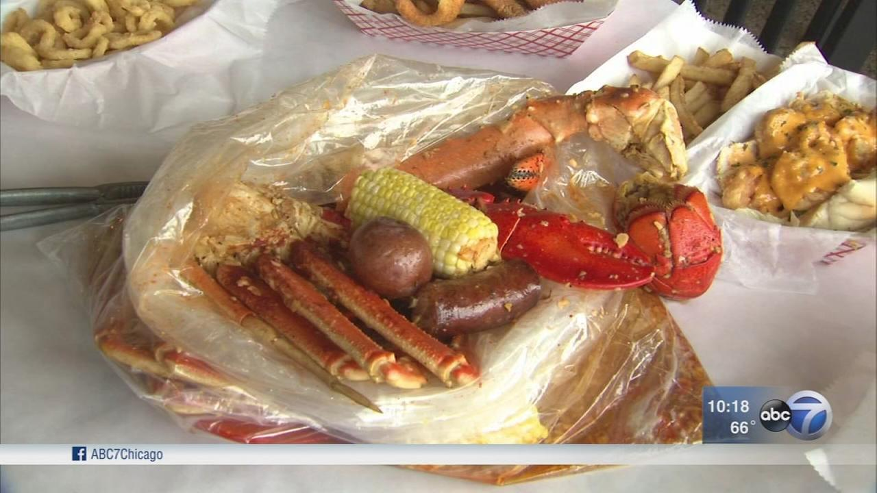 Crazy Crab Chicago offers seafood option in south burbs