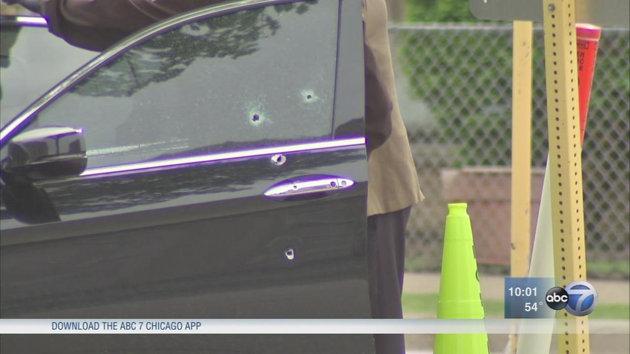 Possible road rage shooting in Schiller Park leaves 1 dead, 1 injured