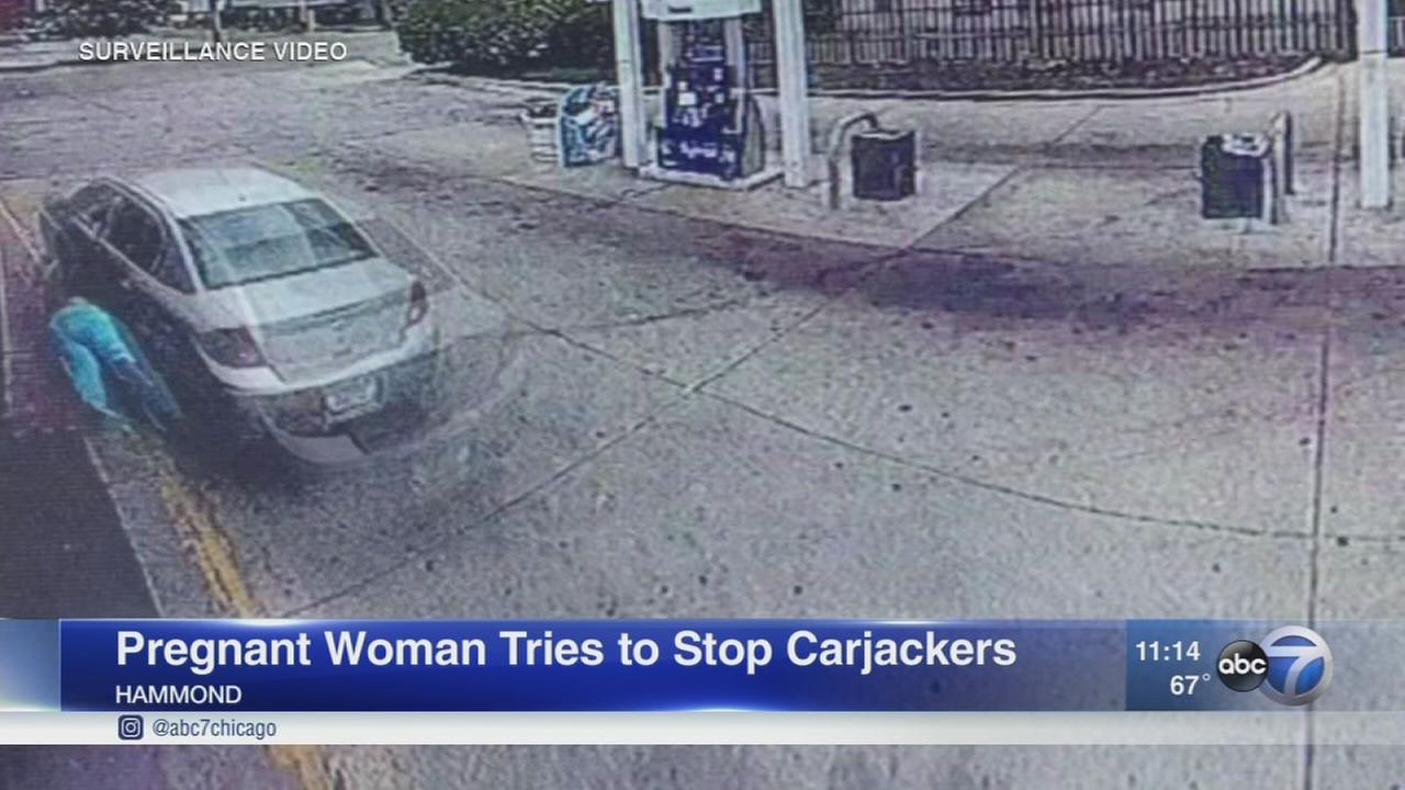 Pregnant woman tries to stop carjackers, thieves escape