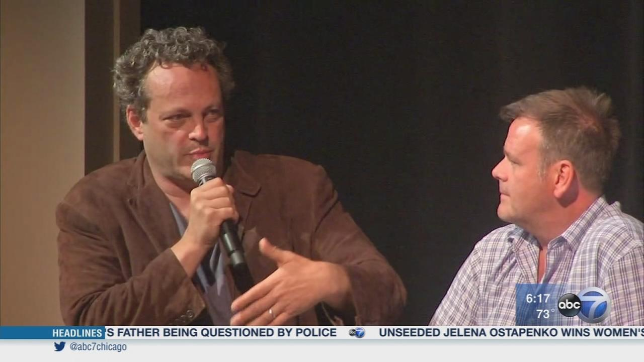 Vince Vaughn returns to Lake Forest HS