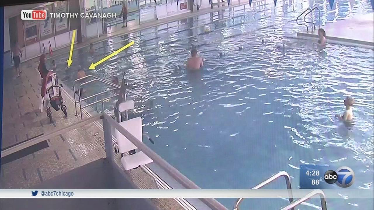 Lawsuit: Lifeguards chat while man has heart attack, goes under