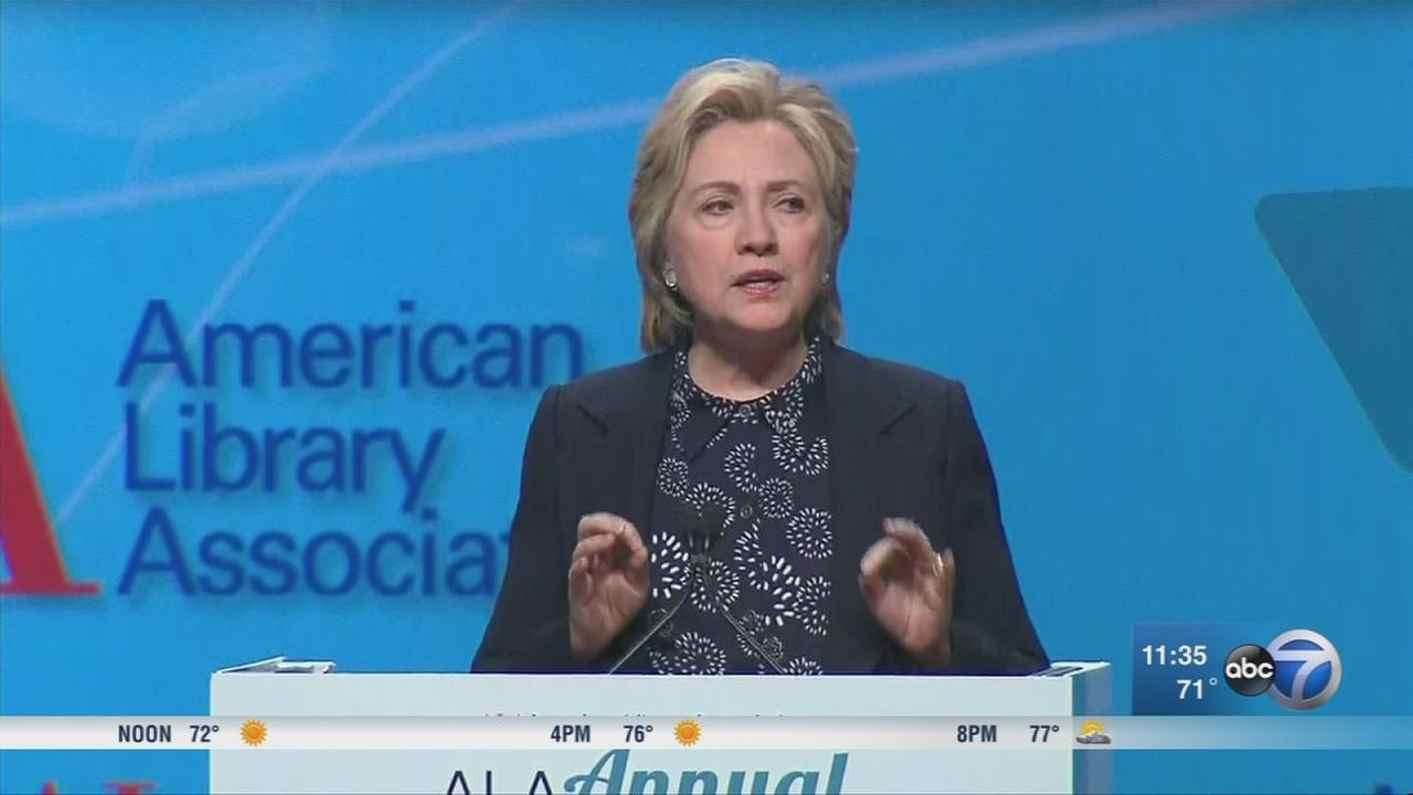 Hillary Clinton speaks in Chicago at library conference