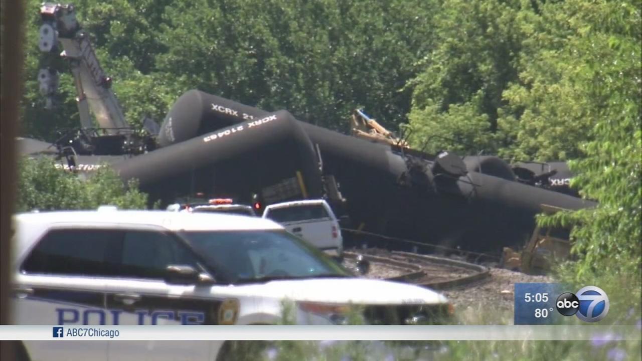 Cleanup underway after train derails in Plainfield