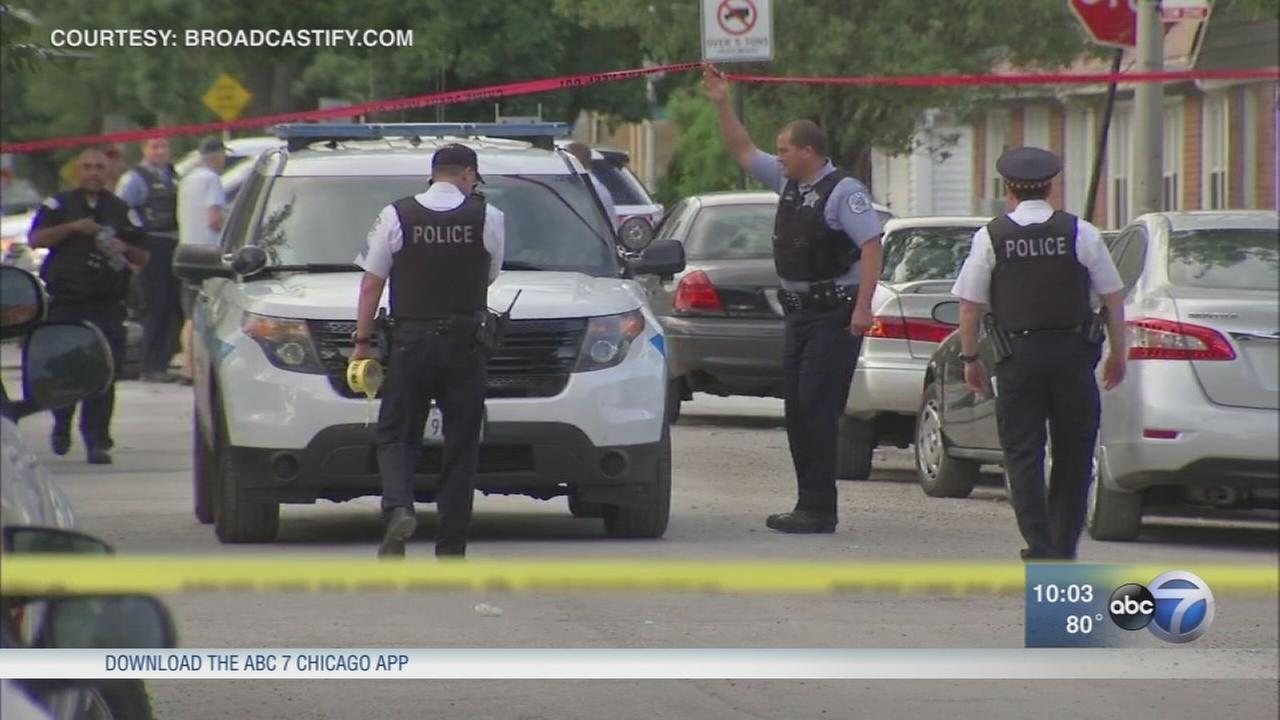 Person fatally shot by Chicago police on NW Side