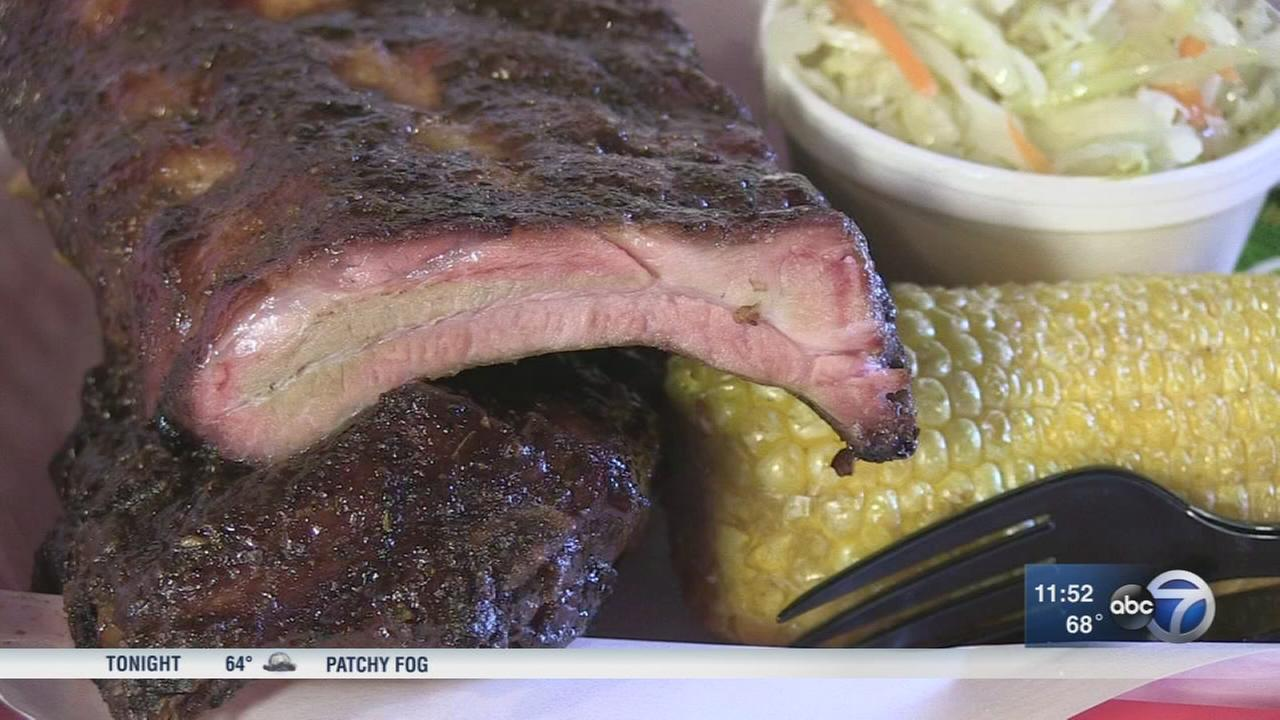 Pappys Smokehouse serving St. Louis BBQ at Windy City Smokeout