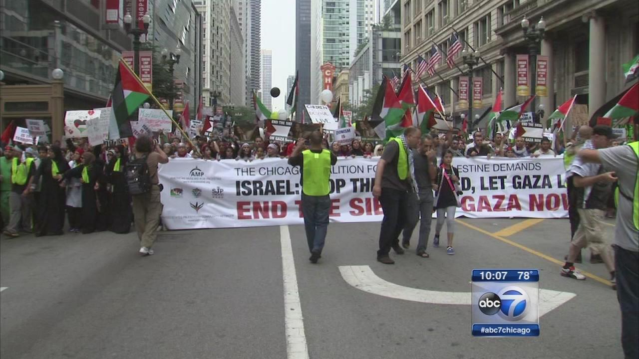Mideast violence sparks protests in Chicago
