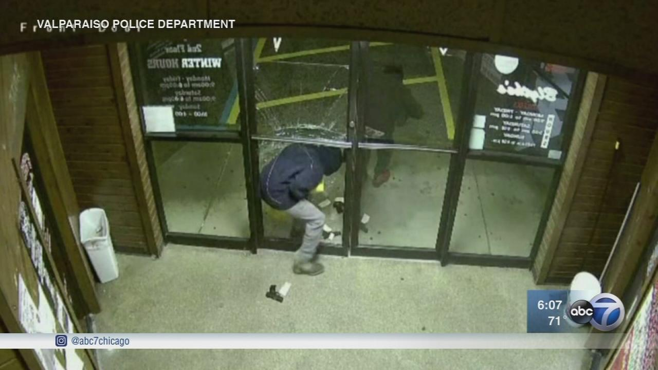 Gun store thefts spike in Chicago area