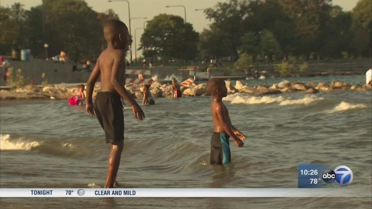 Extreme heat hits Chicago area