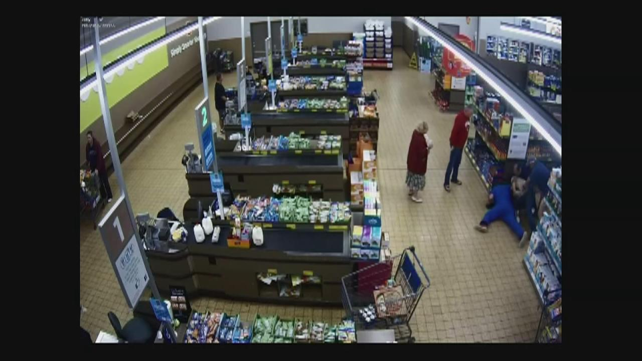 Would-be robber tackled by customers at Valparaiso Aldi