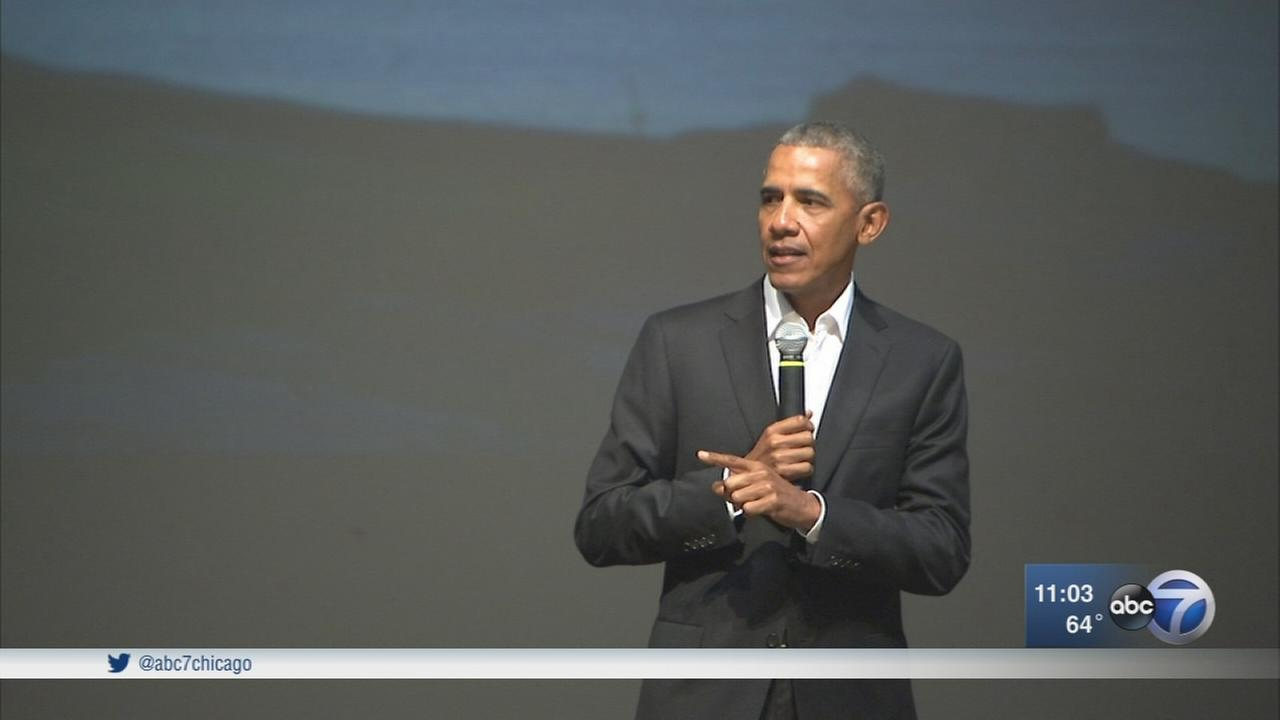 Barack Obama makes surprise visit to Chicago youth event