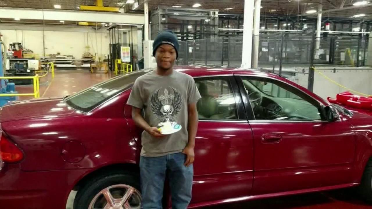 Coworkers buy car for teen who rides bike miles to work