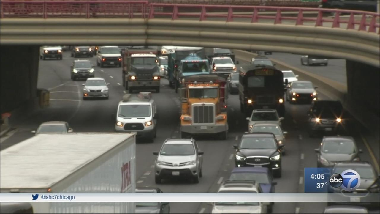 Expect travel delays during Thanksgiving holiday, experts say