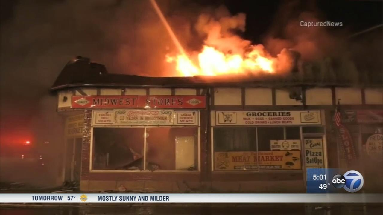Fire destroys family-owned businesses in Midlothian