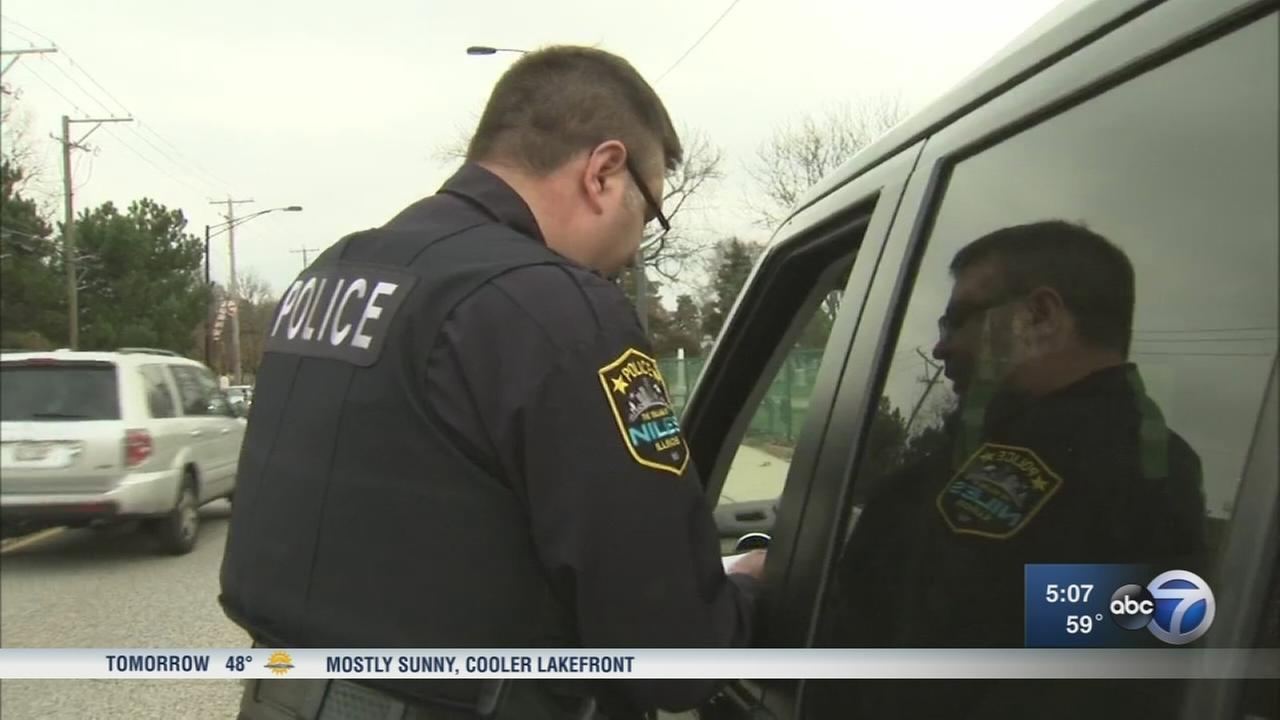 Niles police crack down on texting, driving