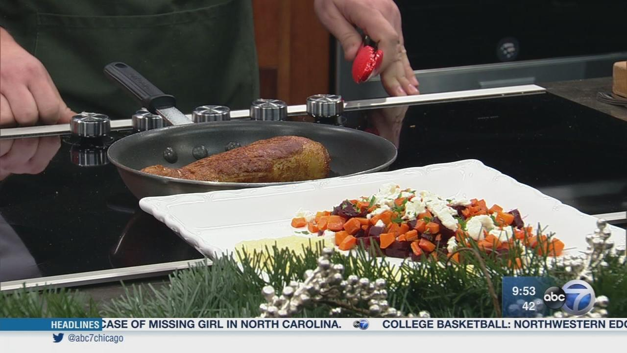 Home Chef celebrates season of giving