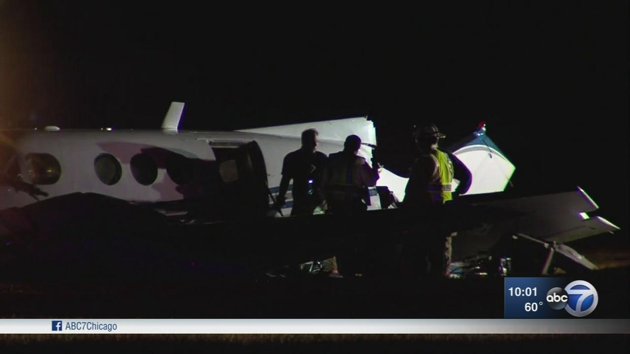 Small plane crashes at Rockford airport, injuries reported