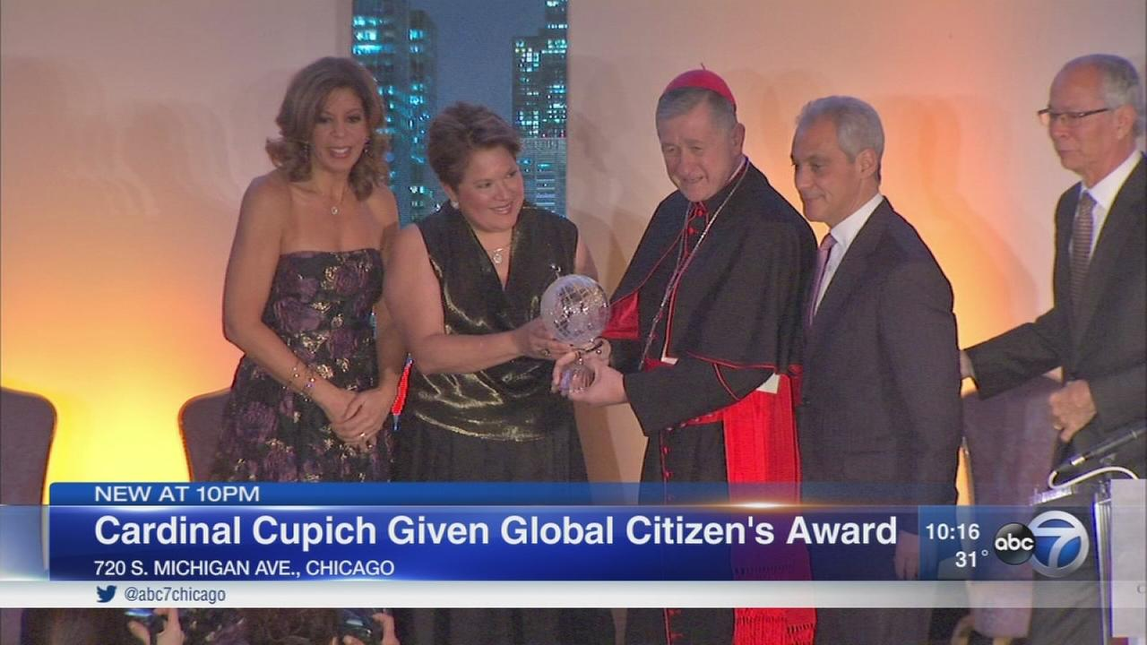 Cardinal Cupich given Global Citizens Award by Chicago Consular Corps