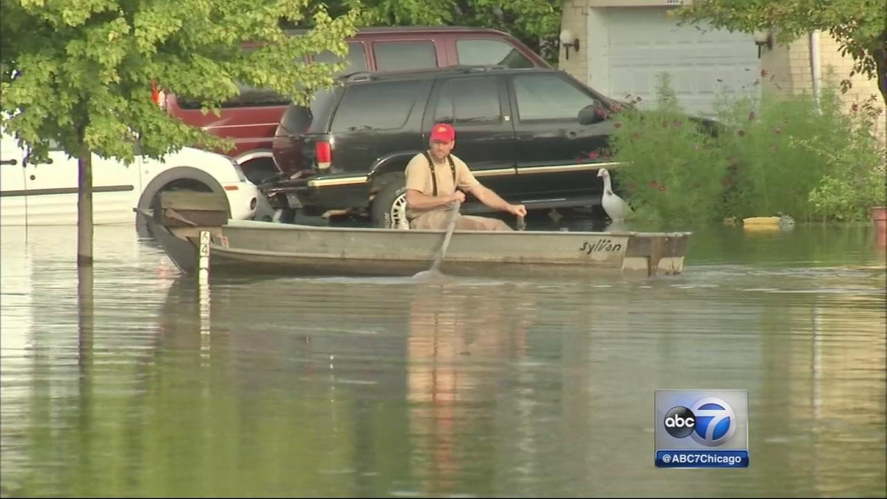Water begins to recede in Chicago area after flash floods
