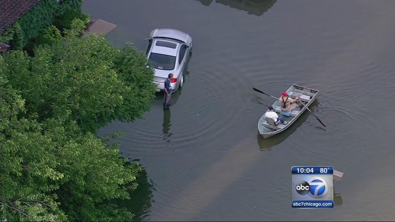Flood cleanup underway in city, suburbs