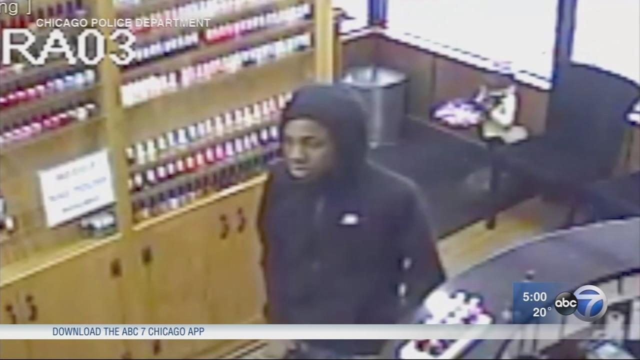 North Side nail salons robbed at gunpoint