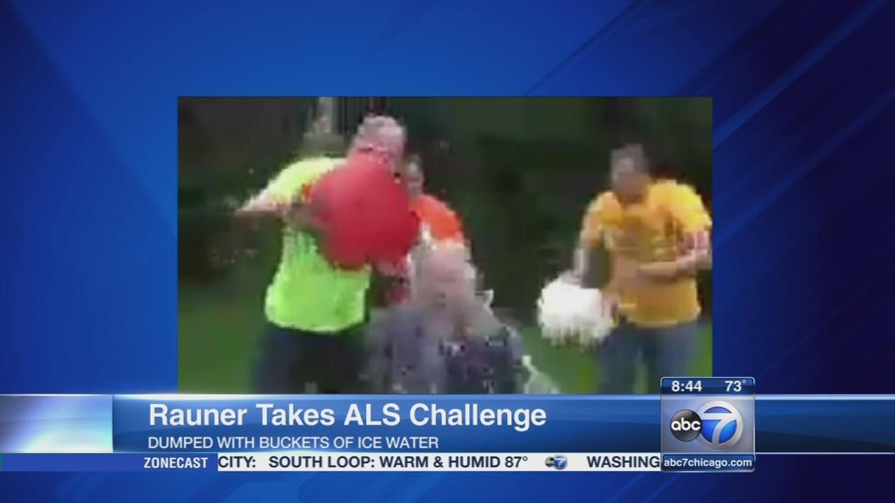 Bruce Rauner takes Ice Bucket Challenge