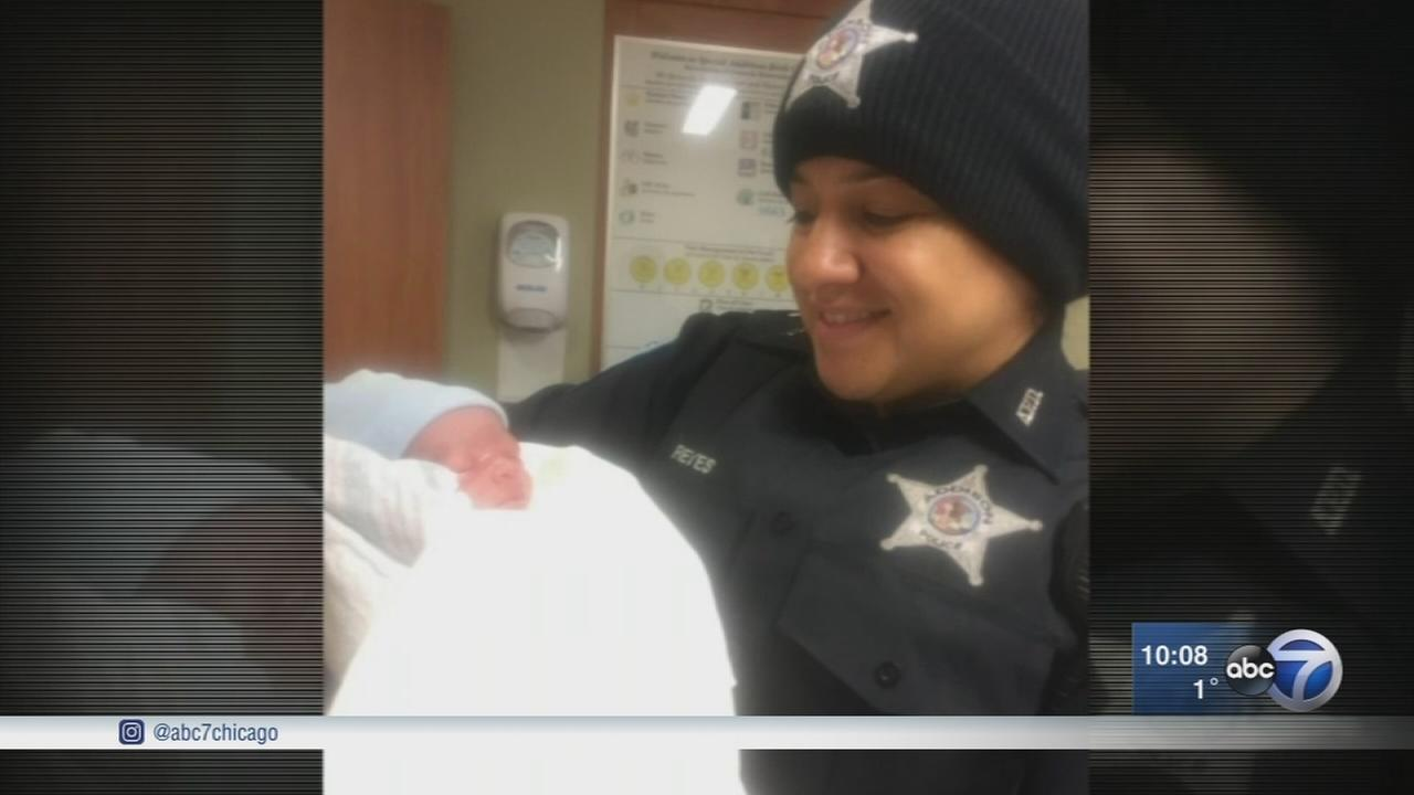 Addison police officer delivers baby