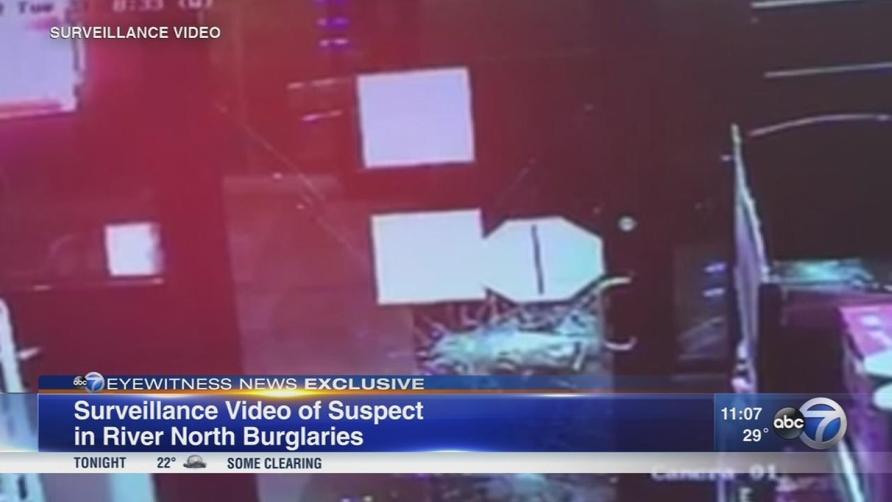 VIDEO: Thief breaks into River North convenience store