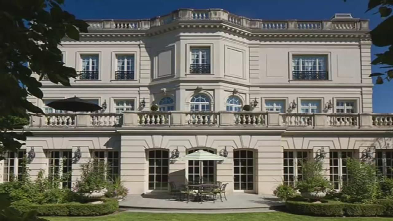 Lincoln Park mansion listed for record $50M