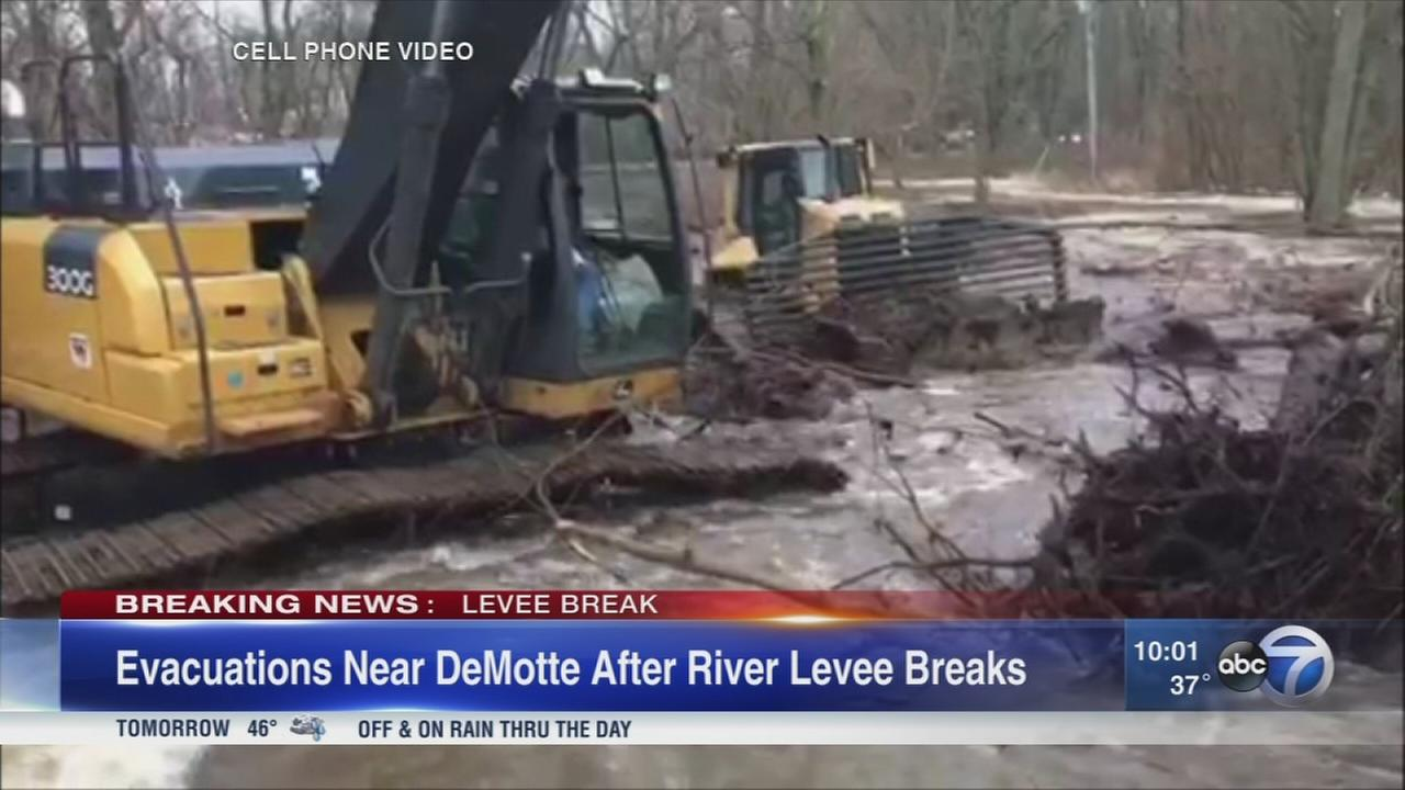 Kankakee River levee breaks in Hebron, residents asked to evacuate