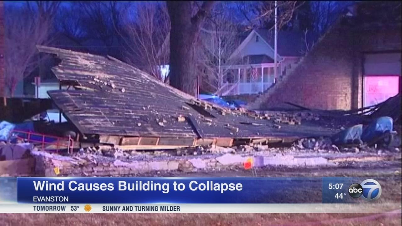 High winds cause widespread damage